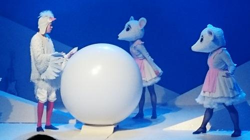 stor-ballon-i-rosas-julebal09